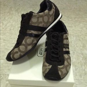 COACH Kathleen Sneakers size 6M